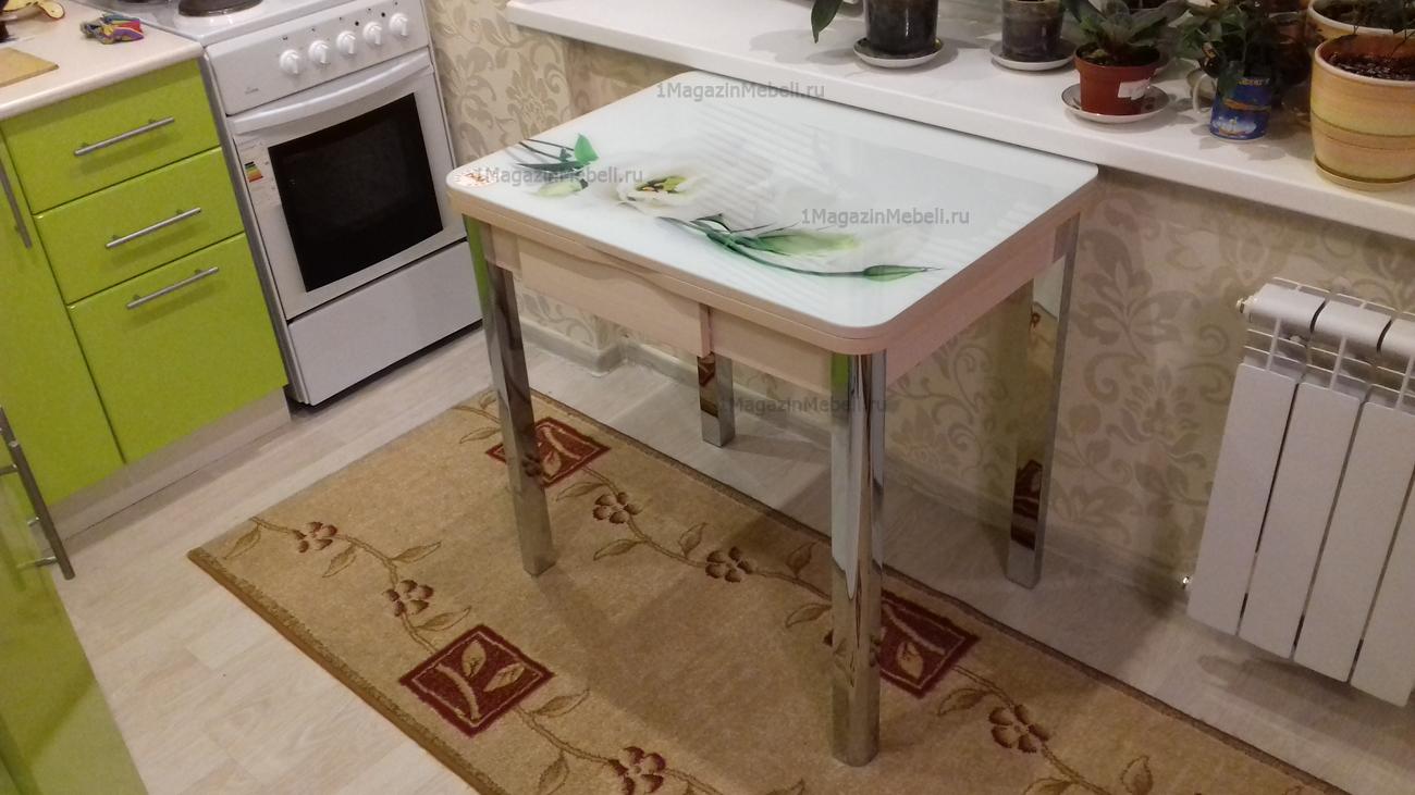 Маленький кухонный стол с ящиком и фотографией цветка 80х60 см. (арт. М4312)