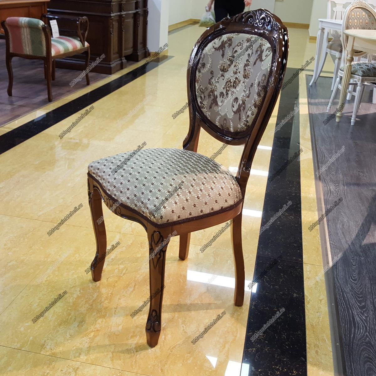 Классический стул из дерева, орех черная патина, глянцевый (арт. М3251)